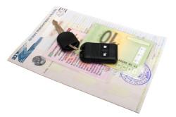 Ознакомление с документами при покупке автомобиля