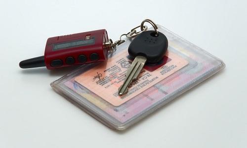 Лишение водительских прав за непогашенные долги